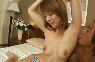 Blonde avec d'énormes TATA film streaming amateur x