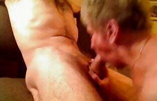 Une ado maigre prend film porno amateur en streaming deux énormes bites en trio anal