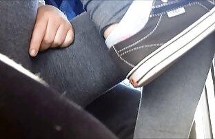 Teen Melissa suce une extrait de film x amateur bite à l'extérieur